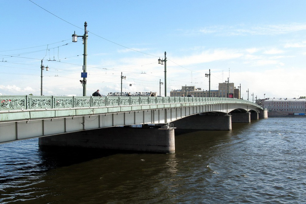 уведомления, когда закрывается литейный мост пятна листьях яблони